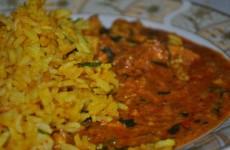 vindaloo cu orez curry